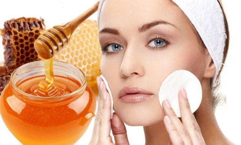 فوائد العسل الأبيض والقرفة للوجه