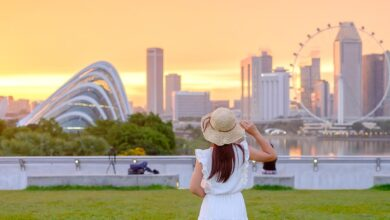 زيارة المعالم السياحية حول العالم
